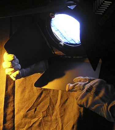 Luxyvox-tecnologia-para-el-espectaculo-imagen-iluminador